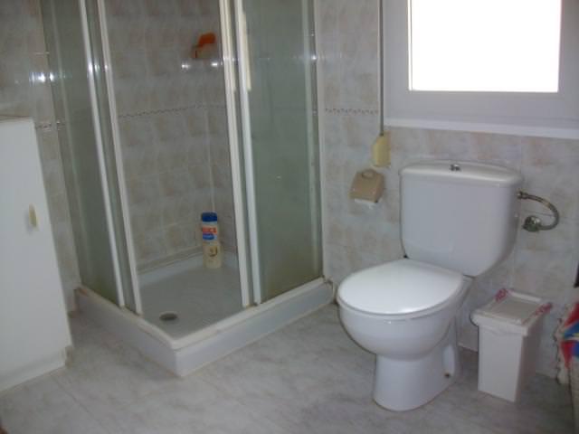 Toilette-und-Dusche