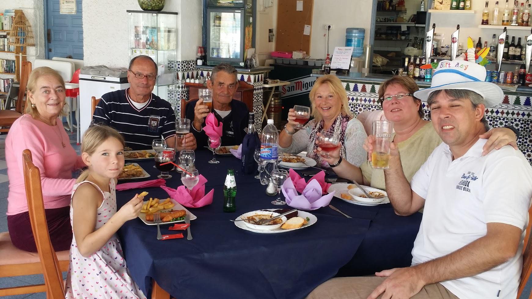 Geburtstagsfeier in der Marina Bar